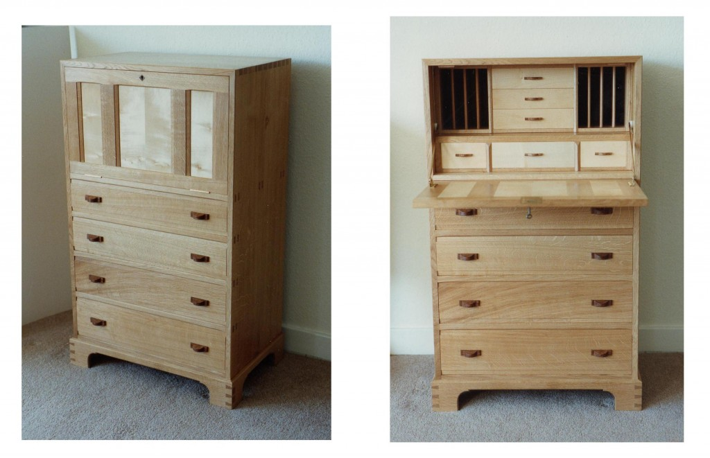 Writing bureau in solid English oak and sycamore